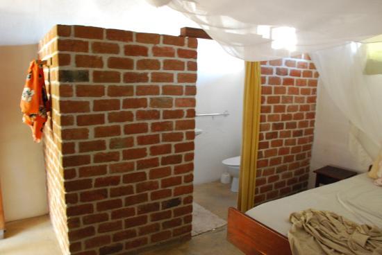 Ибо, Мозамбик: salle de douche