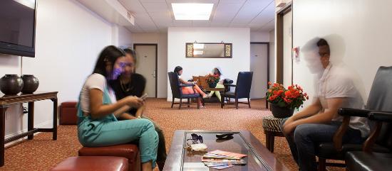 The Hotel 91: Lobby
