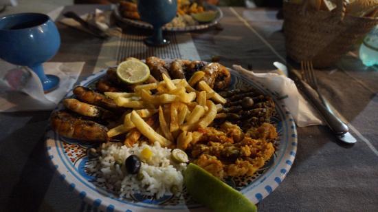 Djerba-Sidi Ali Restaurant: le plat un mixe de crevette et poulet
