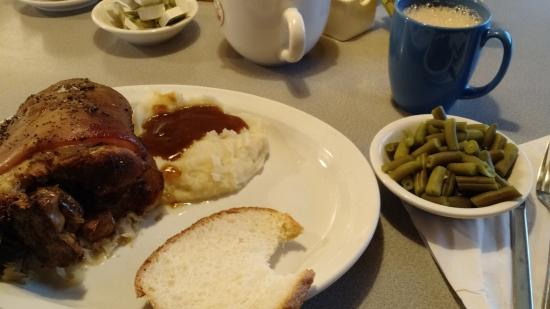 Kewaskum, WI: Porkhock with sauerkraut, mashed potatoes, gravy, beans & a Capucino made for more than I could