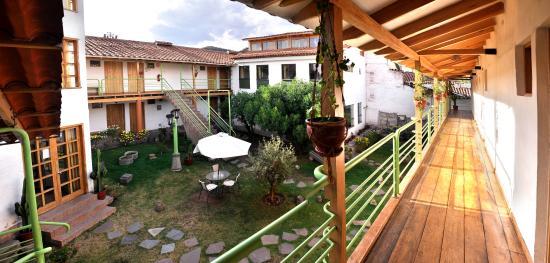Inkarri Hostal: Balcón