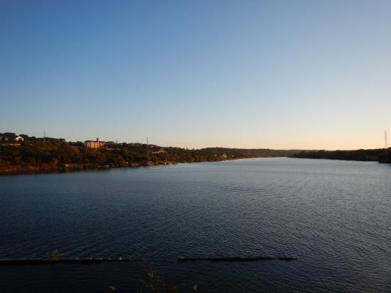 Hampton Inn Marble Falls-On The Lake: View from pool.