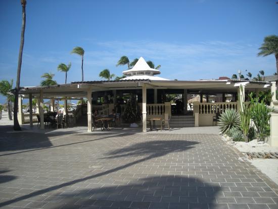 Pega Pega Grill and Beach Bar: Pega Pega Beach Bar & Grill