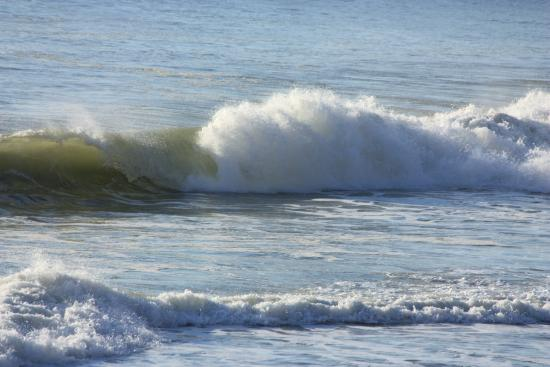 Marconi Beach: Beautiful waves at the beach!