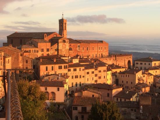 Early morning view from room bild fr n meuble il riccio for Meuble il riccio