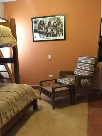 Leo's Baja Oasis: Main House Bunk-beds