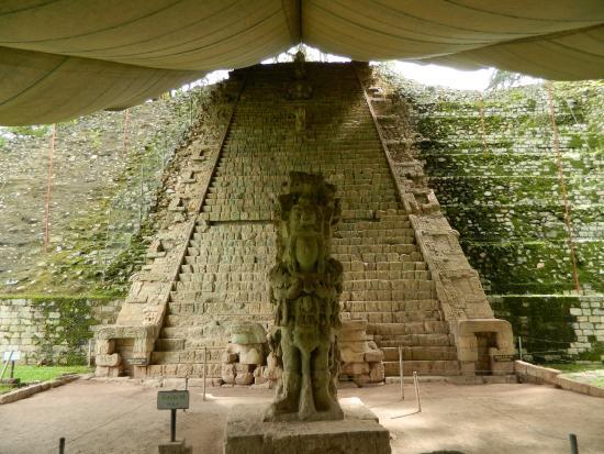 Hieroglyftrappen