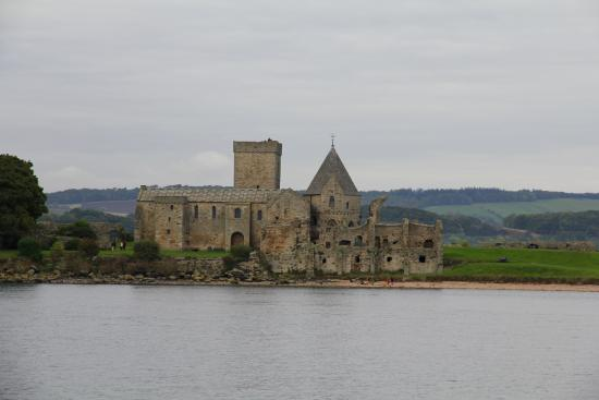 Maid of the Forth: Inchcolm Abbey