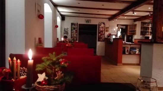 Hohenleuben, Niemcy: Restaurantbereich mit Rezeption