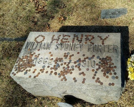 Riverside Cemetery: $1.87 on Top of O'Henry's grave