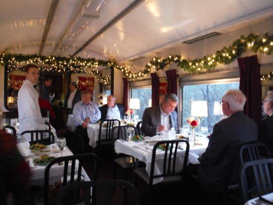Tennessee Valley Railroad (TVR): Christmas dinner on a TVRM train.