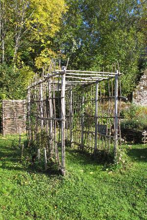 Le jardin clos du rempart besse et saint anastaise for Le jardin clos