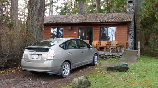Yellow Point Lodge: Parsonage Cabin at YPL
