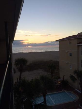 Desoto Beach Hotel: Sunrise from 3rd floor balcony