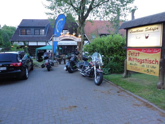 Luetjensee, Germany: Parkplatz