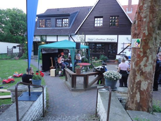 Luetjensee, Germany: Zelt mit Band