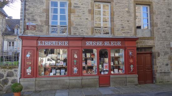Charmante boutique salers picture of office de tourisme de salers salers tripadvisor - Office du tourisme salers ...