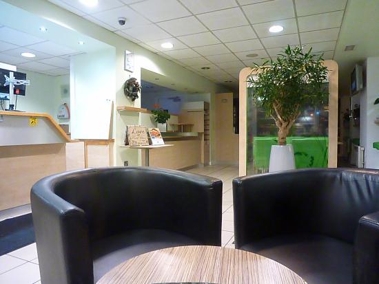 Hotel ibis budget Sheffield Arena: The Foyer