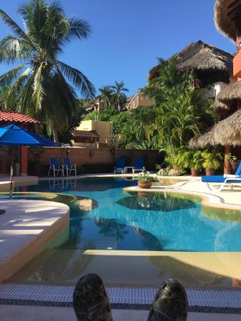 Villa Carolina Hotel: Pool side for Guacamole & Tequila tonics, a daily ritual