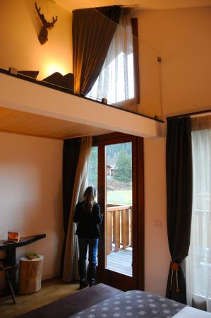 la camera con soppalco - Picture of Nira Montana, La Thuile ...