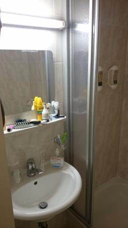 Hotel LePrince : lavabo