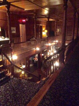 Dalvay, Kanada: View into lobby from 2nd floor