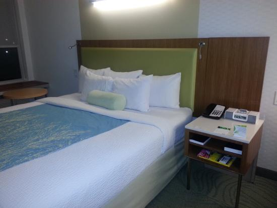 SpringHill Suites Durham Chapel Hill: Bed