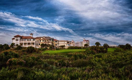 Cinnamon Beach at Ocean Hammock Beach Resort: Beachfront resort