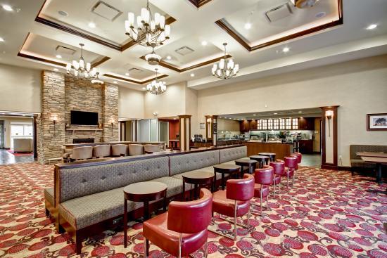Branchburg, NJ : Dining Area and Lodge