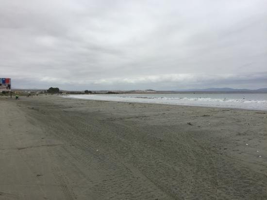 Playa Grande: No es una playa agradable para estar
