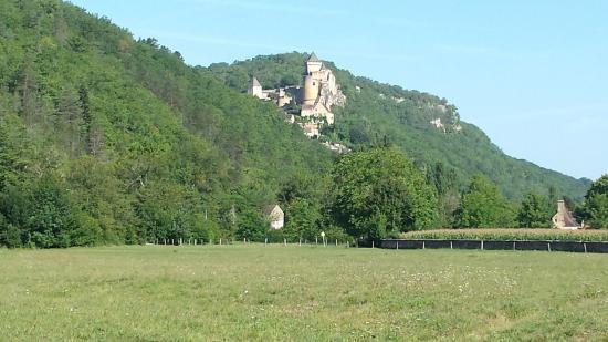 At Camping Maisonneuve, view of Castelnaud