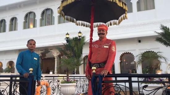 Taj Lake Palace Udaipur: Royal Welcome