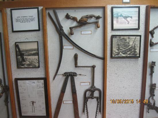 McLean, TX: more tools