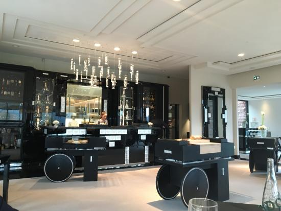 la salle de restaurant photo de restaurant villa rene. Black Bedroom Furniture Sets. Home Design Ideas