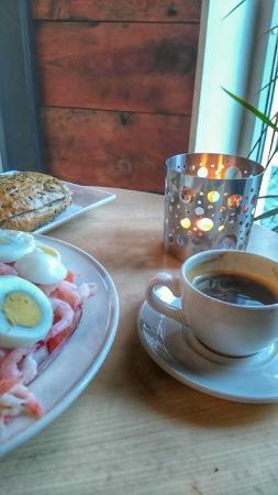 Rogaland, Norge: Salat og espresso