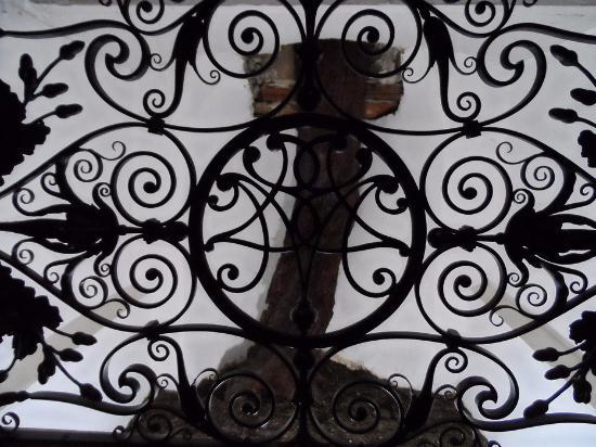 Santuario Madonna del Bagno: la quercia nella teca