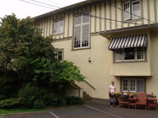 Oak Bay Guest House: Oak Bay