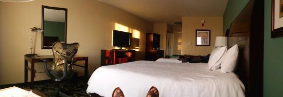 Room U0026 Suite (17)