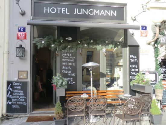 Jungmann: Entrance