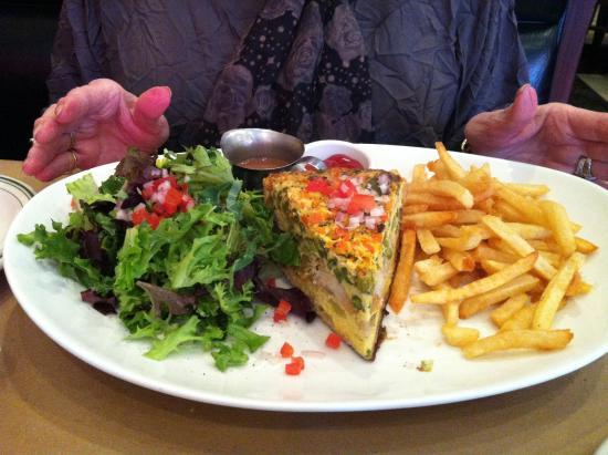 Highland Park, IL: Cafe Central quiche, salad, fries