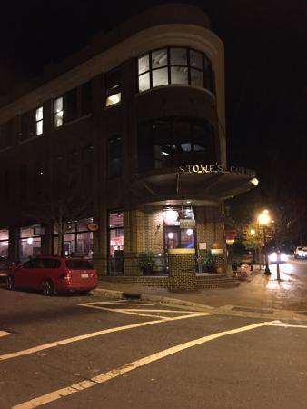 Street view - Picture of Flatiron Kitchen + Taphouse, Davidson ...