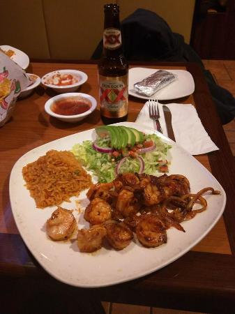 Lola's Mexican Cuisine & Cntn