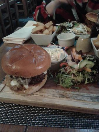 GT's Bar and Grill: My meal, burger & Chips