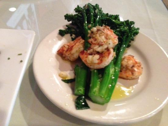 Amedeo's Italian Restaurant: Broccoli with shrimp