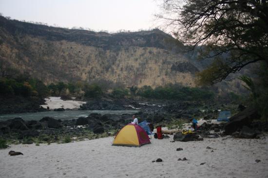 Zimbabue: a peaceful way to camp