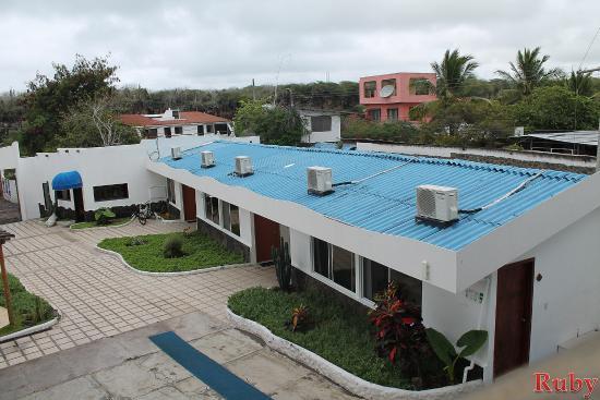 Hotel Ninfa visto de la parte alta de una habitación