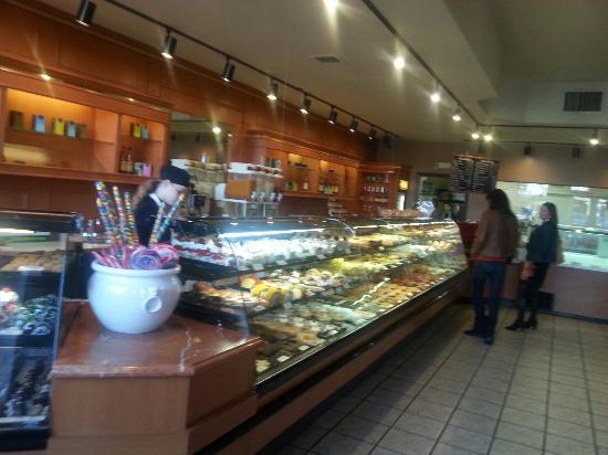 Astoria Pastry Shop : 20151010_153439_large.jpg
