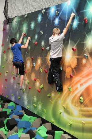 Mounds View, MN: Climbing wall