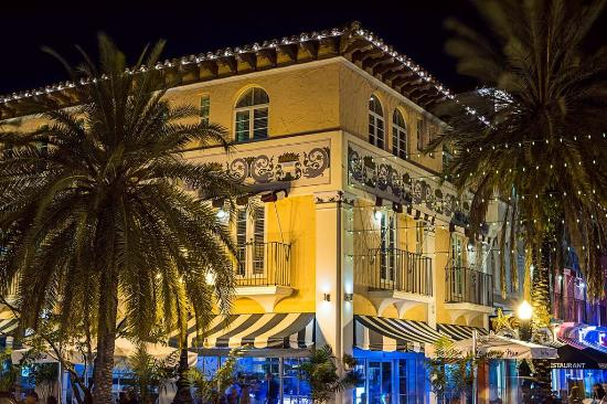 El Paseo Hotel: Hotel View From Drexel Ave & Espanola Way