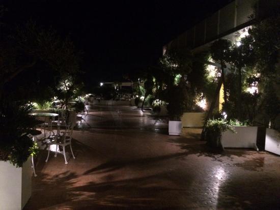 Terrazza panoramica - Foto di Eurostars Hotel Excelsior, Napoli ...